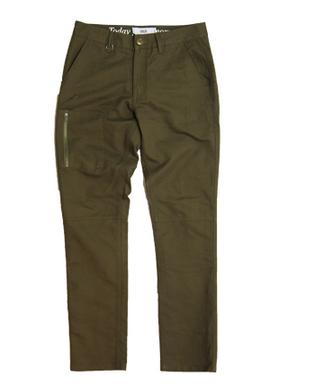 publish-brace pants