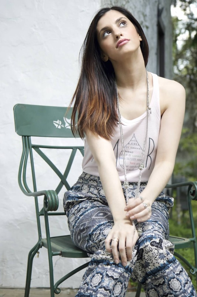 fashion blogger jessie holeva