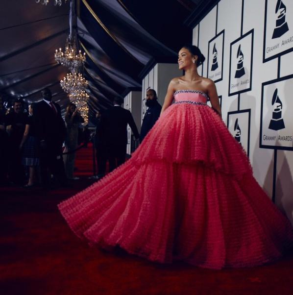 Rihanna-Grammy-Dress-2015