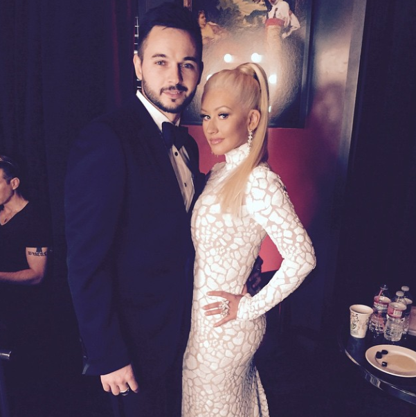 Christina-Aguilera-White-Dress