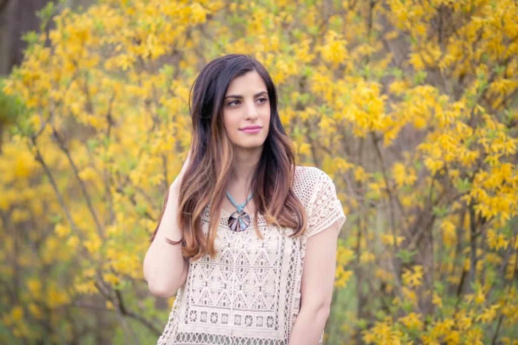 brunette sombre blogger