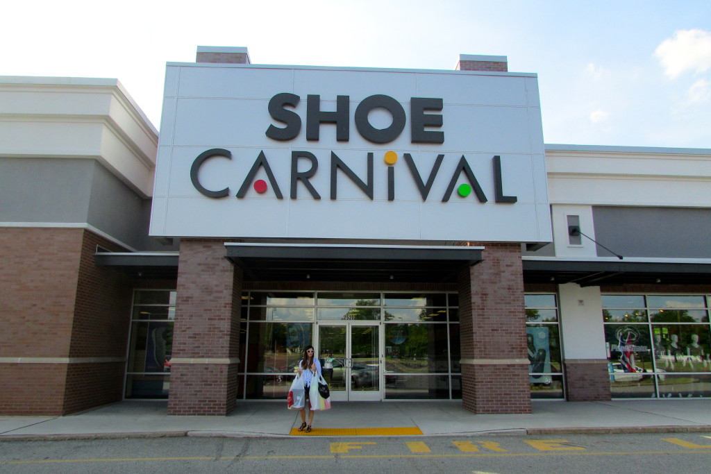 Jessie Holeva at Shoe Carnival Willow Grove