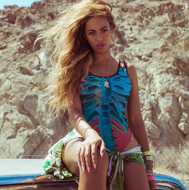 beyonce-one-piece-swimsuit
