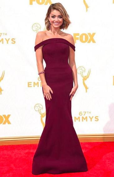Sarah Hyland Emmys 2015 in Zac Posen