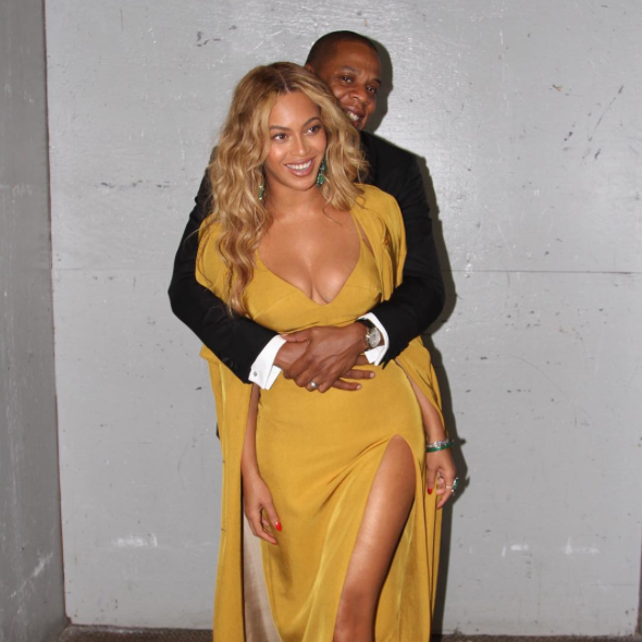 beyonce-mustard-yellow-dress-2015